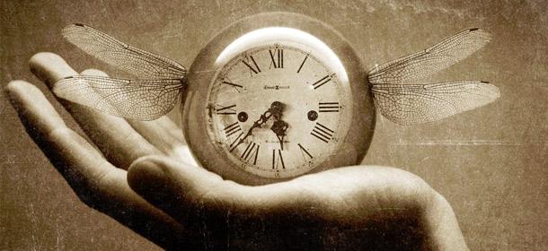 dragonfly-clock